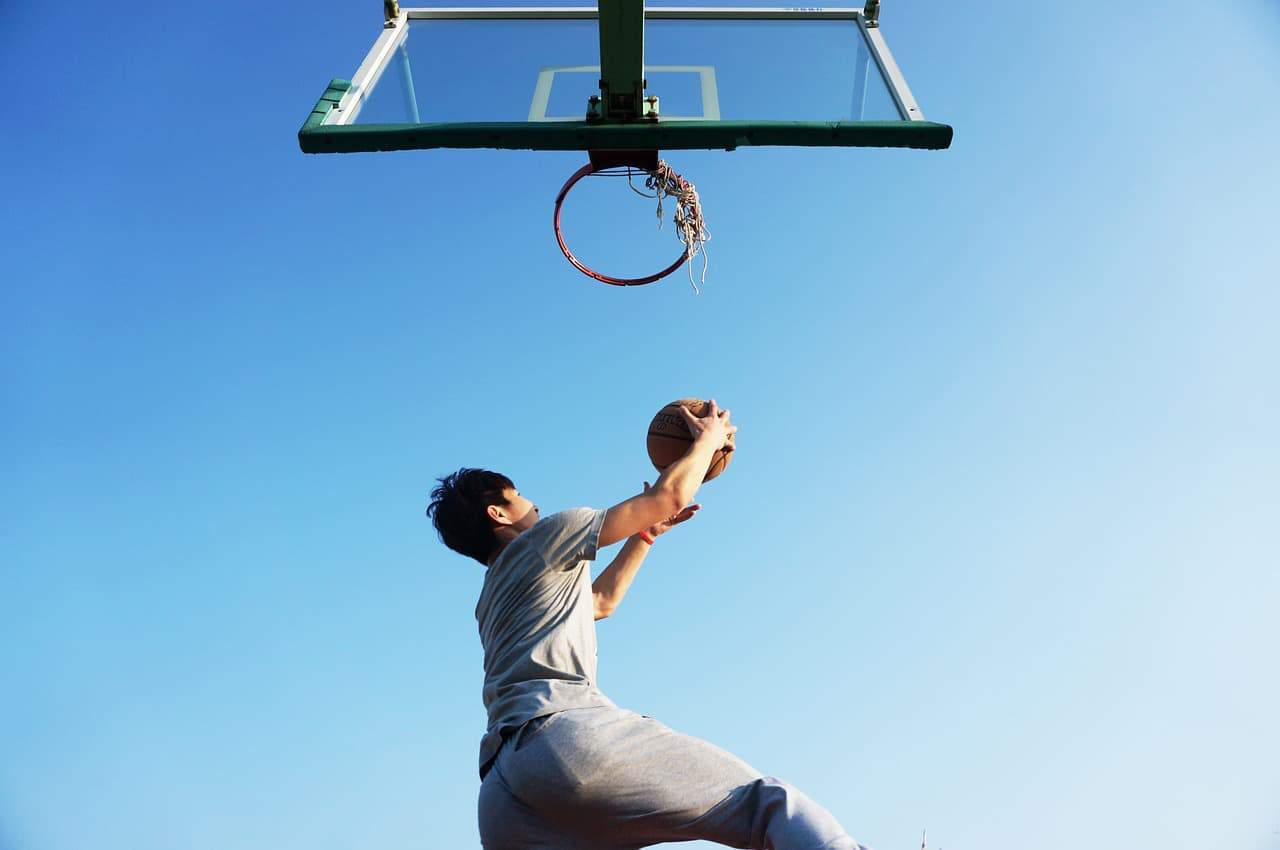 patellar tendonitis - basketball