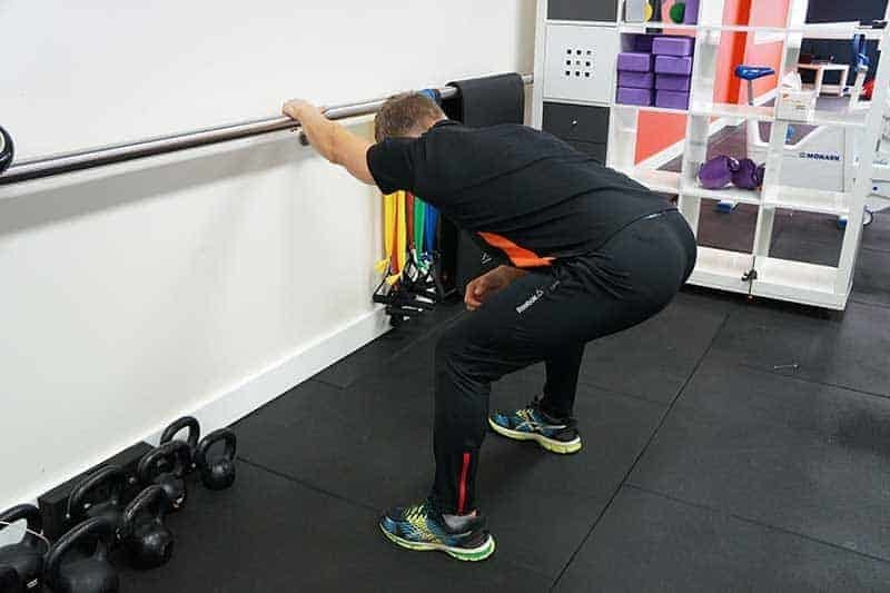 latissimus dorsi stretch posture